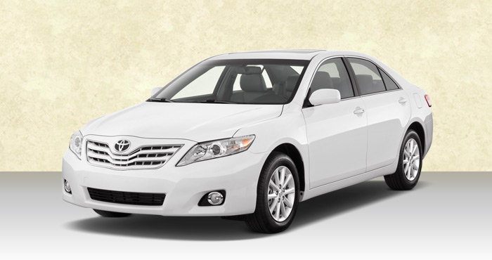 Hire Toyota Camry 4+1 Seater from India Rental Cars